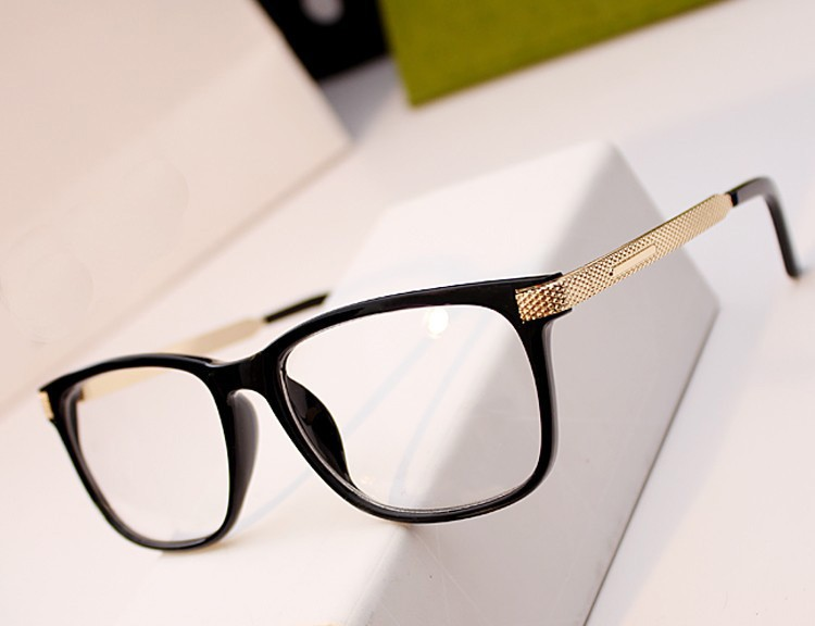 Unisex Computer EYE Glasses women and men Wayfarer Glasses Eyeglasses Black Frame Clear Lens for Reading(China (Mainland))