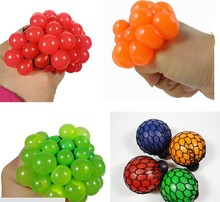 Free Shipping Vent Grape Ball Venting Toy Funny Goods Decompression Tricky Toys Squeeze Ball Halloween April Fools' Day Gifts
