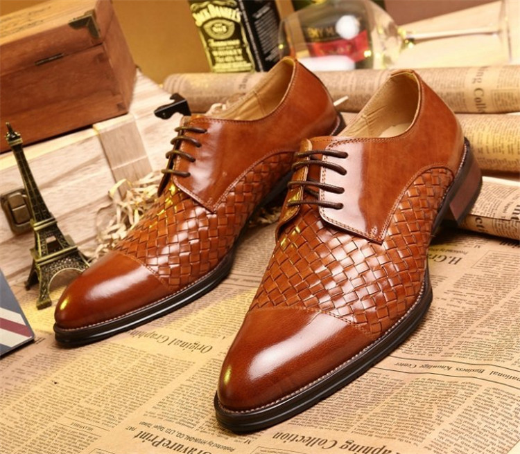 2015 pointed toe brown color men oxford shoes rubber soles solid pleated office work casual dress shoes lacing up(China (Mainland))