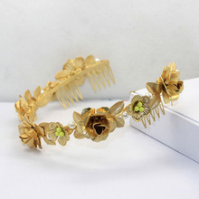 New Arrival Vintage Famous Brand D@G Baroque Pearl Golden Flower Noble Luxury Headband Hair Comb T Show Hairbands Bridal Tiara(China (Mainland))