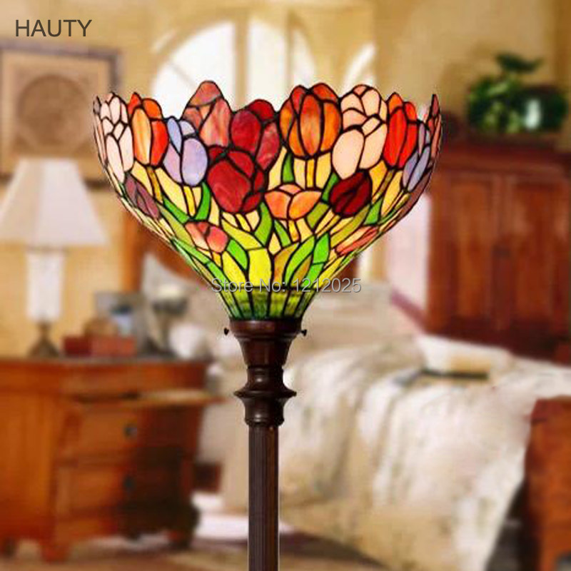 Gorgeous tiffany style tulip torchiere floor lamps for for Tiffany d living room