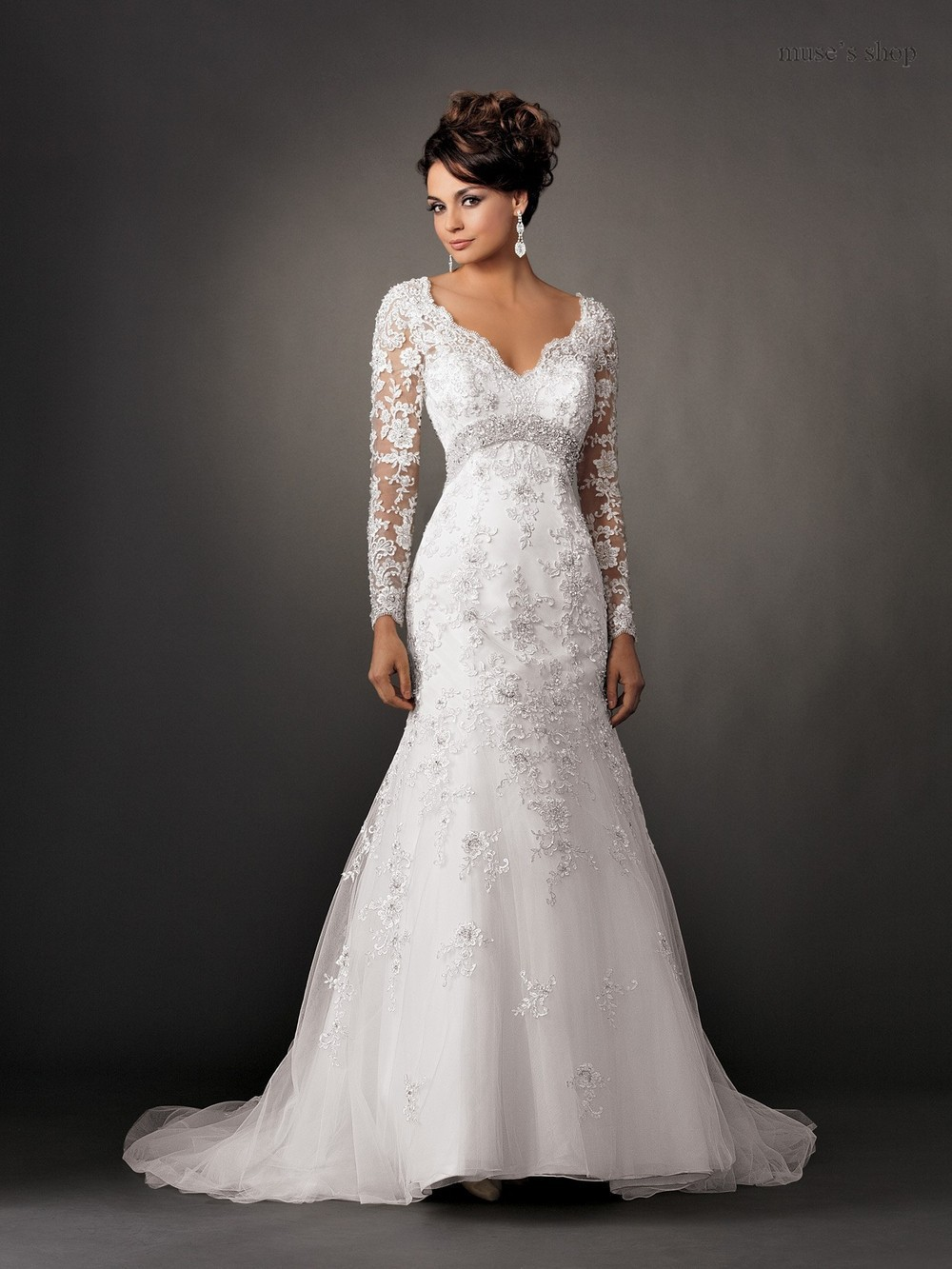 V neck vintage long sleeve lace wedding dresses backless for Long sleeve white lace wedding dress