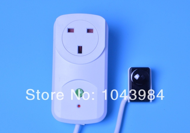 Free shipping UK plug smart TV Standby Killer Energy Power Saver Stand-By Television Auto cut off with infrared signal receiver(China (Mainland))