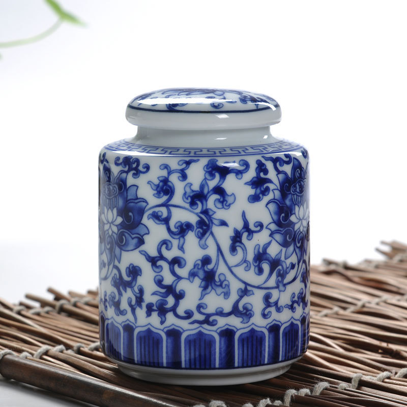 Free Shipping Blue And White Sets Ceramic Tea Caddy Ceramic Tea Box Tea Sets Zero Accessories Tea Canister Ceramic Sealed Cans(China (Mainland))
