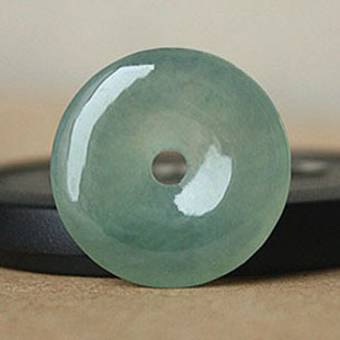 Natural Jade Safety Pendant,Fit for women and children,with national certificate.Free shipping.(China (Mainland))