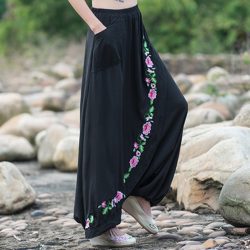 Women gypsy style long elastic waist black embroidery harem pant 2017 loose ethnic ankle-length pants Chinese clothing store