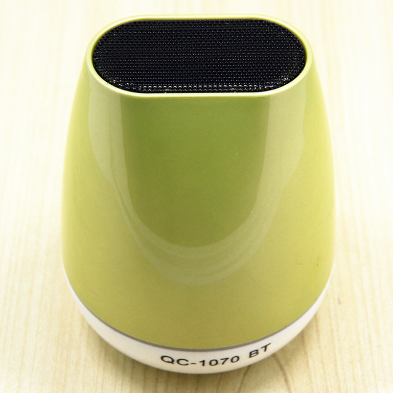 Light green MINI Wireless Bluetooth Speaker TF AUX USB FM Radio with Built-in Mic Hands-free Portable Mp3 Retail Box 2015 New(China (Mainland))