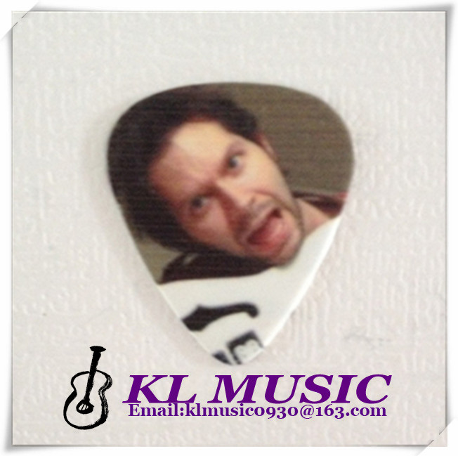 Manufacturer of Guitar Accessories,Different types And sizes of Guitar Picks