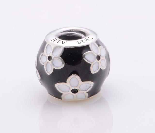 Подходит пандоры прелести браслет аутентичные 925 серебряные ювелирные изделия круглый бусины с белым цветком женщин очарование DIY мода ювелирных изделий