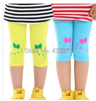 2015 New hello kitty Cat Prints Leggings Children Girl Lovely Summer Shorts Velvet Cropped Pants(China (Mainland))