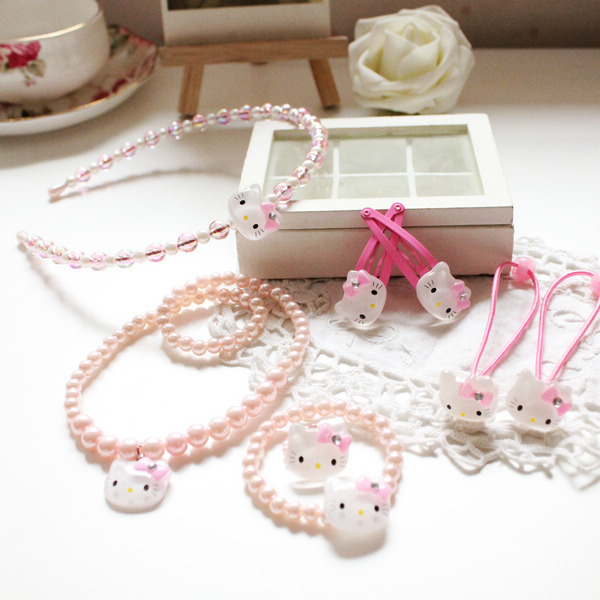 Hairpins, necklaces, bracelets, hair rings, rings, hair bands, children's jewelry set Hello kitty cat(China (Mainland))