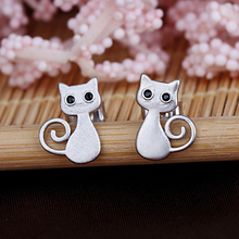 Silver plated lovely cat stud earring wholesale women earring jewelry cat jewelry(China (Mainland))