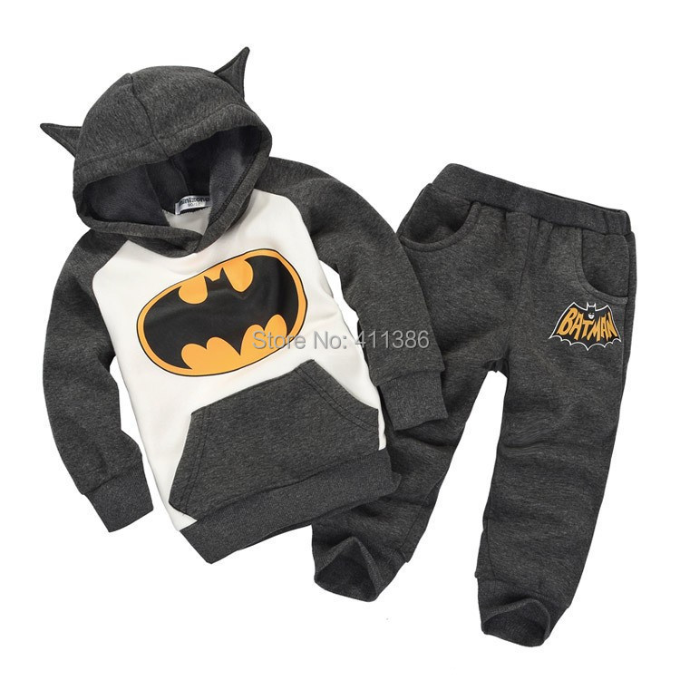 ST082 Free Shipping 2014 New Autumn Batman Kids Tracksuit Boys Top Quality Clothing Sets Toddlers Suits Hood Coat + pants Retail(China (Mainland))