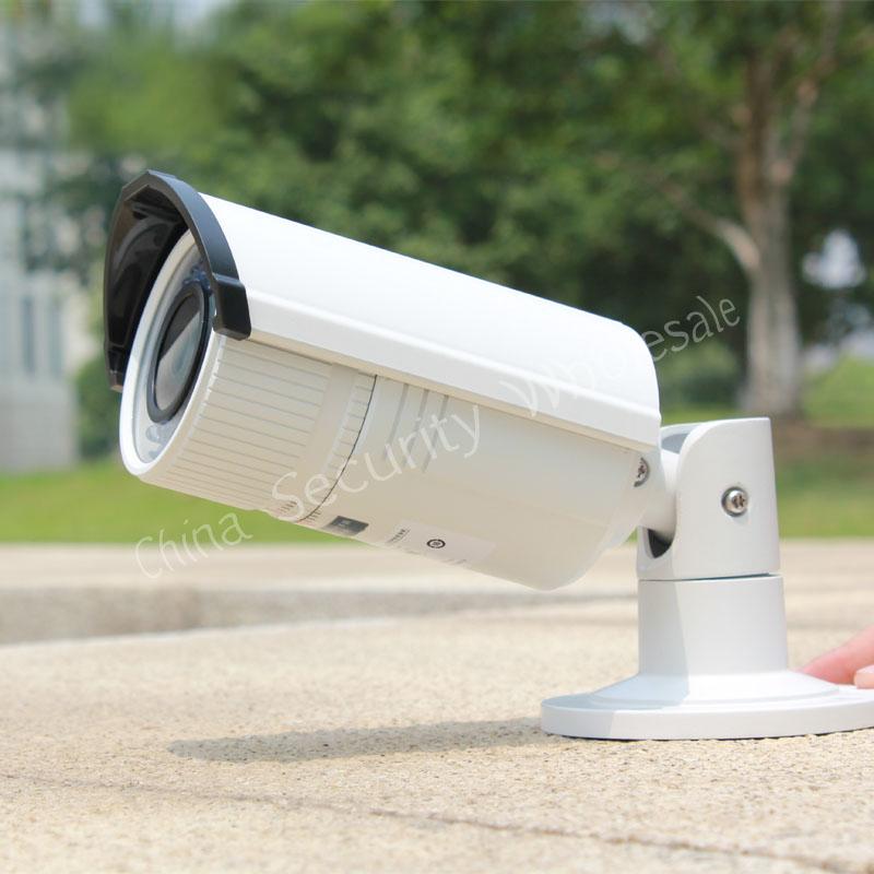 Free shipping Bullet Camera DS-2CD2632F-IS 3MP Full HD Vari-focal IR IP Bullet Camera POE Power Network IP66 CCTV Camera