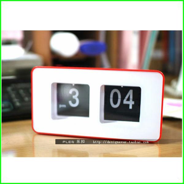 40pcs/lot Retro Auto Flip Clock File Down Page Clocks Desk Table Wall Auto Flip Clock 3 colors in stock(China (Mainland))