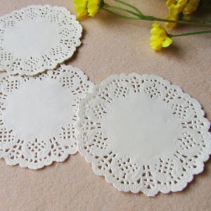 """100 Pcs 3.5""""=88 mm White Round Lace Paper Doilies / Doyleys,Vintage Coasters / Placemat Craft Wedding Christmas Table Decoration(China (Mainland))"""