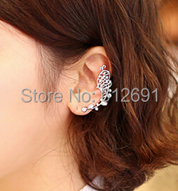 Hot Popular lovely butterfly allergy big ears hang Simple fashion fake earrings Personality butterfly ear bones clip LM-C110(China (Mainland))