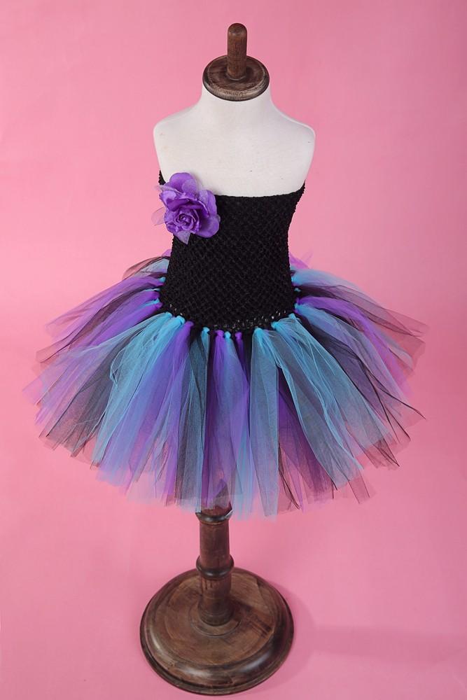 Скидки на Девушки детей платье свадебное платье короткий параграф без бретелек черный верх цвета марли пачка девушки танцуют фиолетовые цветы