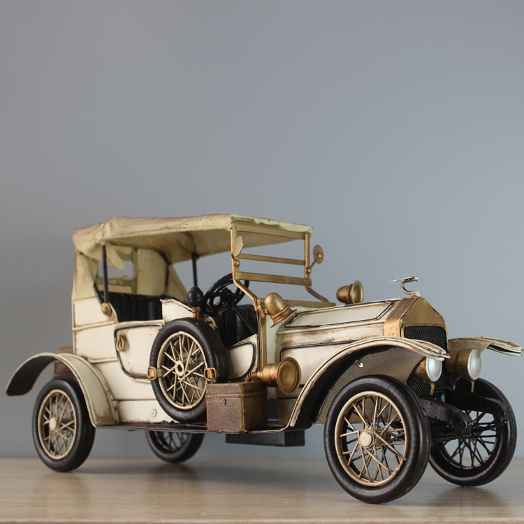Classic car model 1911 white Rolls Royce cars 1:12 handmade iron vintage car collectors interested in cars(China (Mainland))