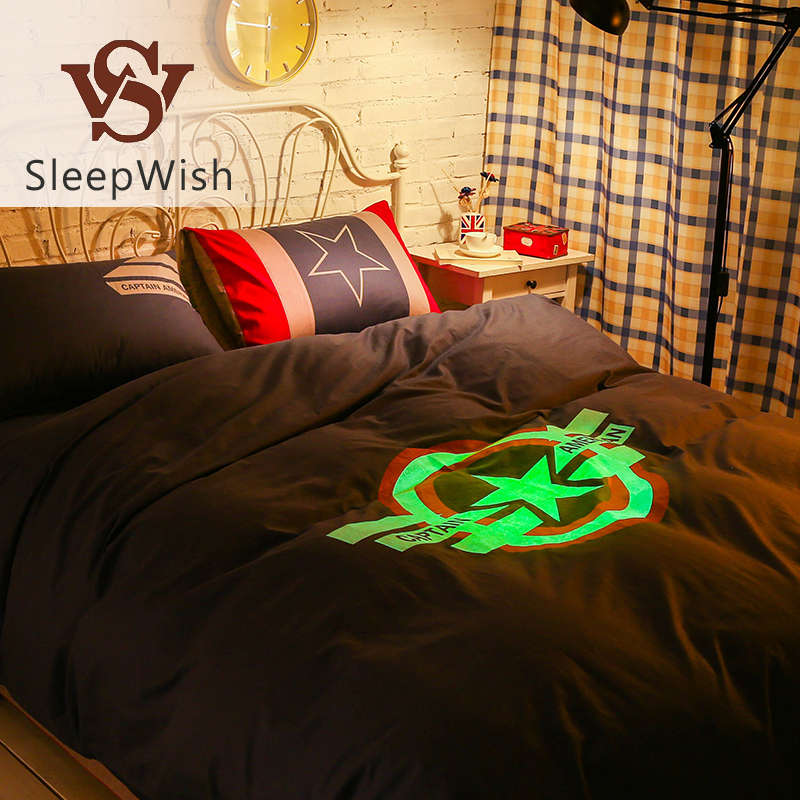 SleepWish Glow Marvel Bedding Captain America Fashionable Bed Linen Cool and Soft Cotton Bedspread for Home Queen Size 4Pcs(China (Mainland))
