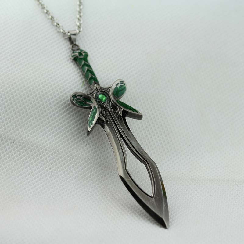Dota 2 Butterfly Sword pendant necklace Dota2 world of Warcraft  weapon model necklace<br><br>Aliexpress