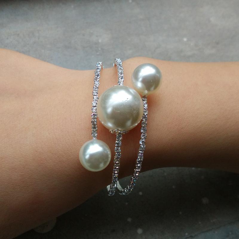 New Fashion Elegant Rhinestone Silver/Gold Plated Round Simulated Pearl Stretch Bangle Bracelet for Women(China (Mainland))