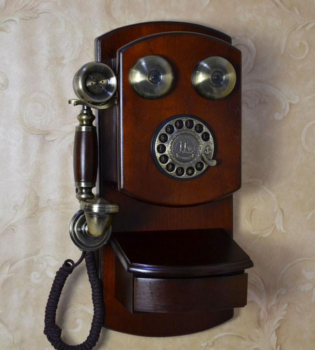 antique wall phone replica best 2000 antique decor ideas. Black Bedroom Furniture Sets. Home Design Ideas