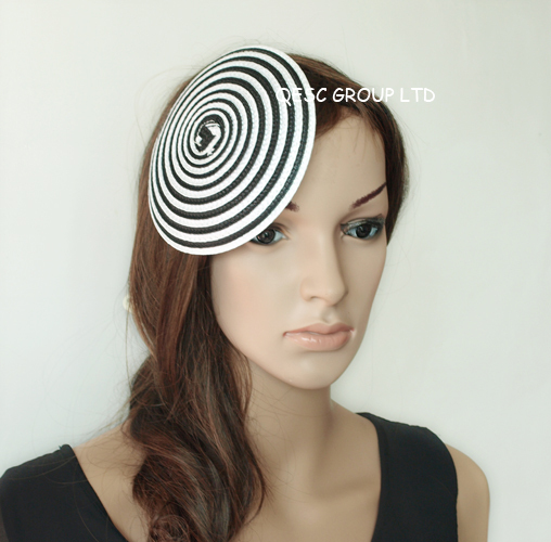 Black/white 14cm Round PP straw base Disc Saucer Fascinator Base for sinamay fascinator hair accessory church wedding derby(China (Mainland))