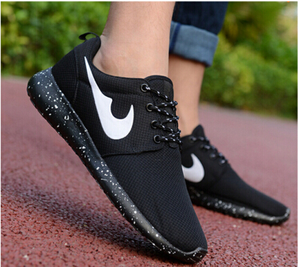 2016 classic brand Mesh Breathable Women And Men Casual Shoes Outdoor Soft Zapatillas sport  Lightweight jogging Shoe Size 36-44<br><br>Aliexpress