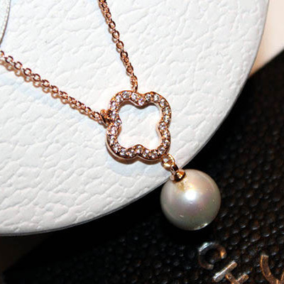 Big Pearl Pendant & Necklace Four Leaf Clover Necklaces For Women Rose Gold Plated Accessories Luxury Rhinestone Brand Jewelry(China (Mainland))