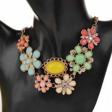 Fashion Vintage Jewelry Retro Copper Shourouk Crystal Collar Necklaces Pendants Acrylic Flower Statement Collar Necklace women