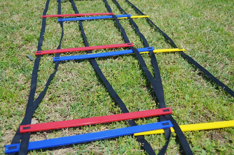MESSON 10 Feet Agility Speed ladder Soccer Training ladder Quick Flat Rung Speed Ladder (1pc )