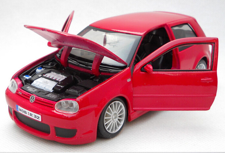 Scale Car Model 1:24 VW Golf R32 Red Die Cast Alloy Car Toys Best Collection Gift(China (Mainland))