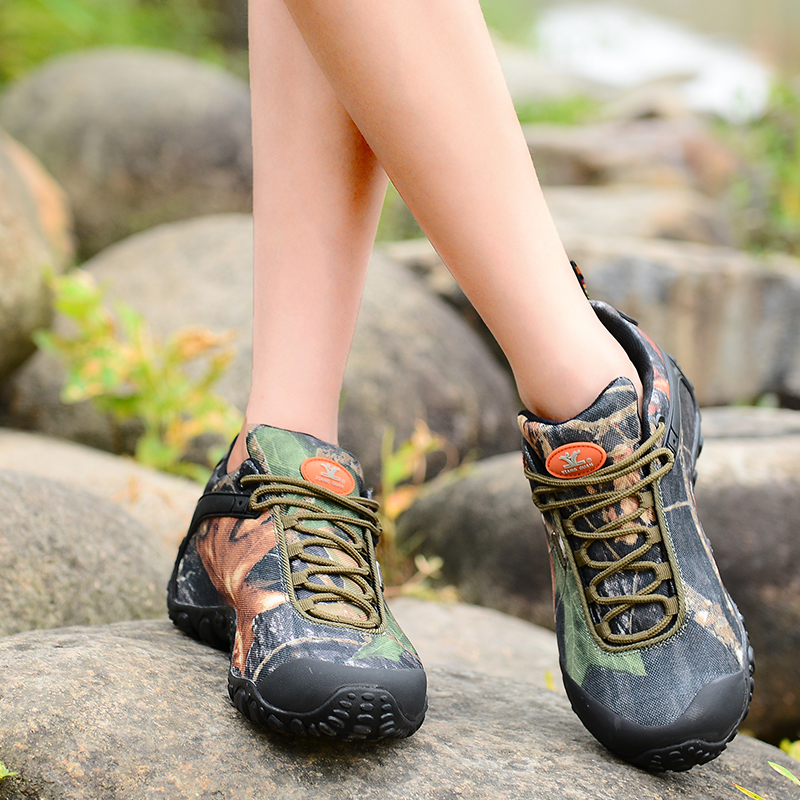 Brand XIANGGUAN Camo Hiking Shoes Man Sneakers Women Climbing Shoes Athletic Waterproof Oxford Breathable Travelling Anti-skid(China (Mainland))