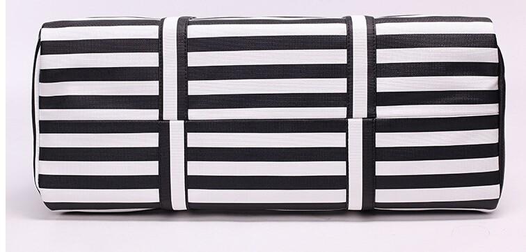 ซื้อ แฟชั่นผู้ชายผู้หญิงกระเป๋าเดินทางสีดำสีขาวความจุขนาดใหญ่Messenger:หนังpuกระเป๋าที่มีซิปไหล่กระเป๋าถือh-658