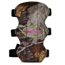 Free shipping arm guards archery bow and arrow Armguards hunting shoot sports with 3 belts flexible adjustable