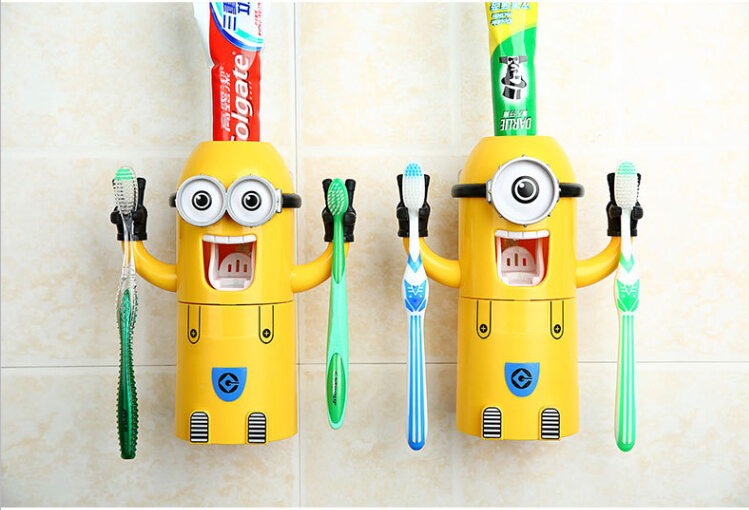 2015 New Minions Style Automatic Toothpaste Cartoon Toothbrush Wall Suction Bathroom Sets Cartoon Sucker Toothbrush Holder(China (Mainland))
