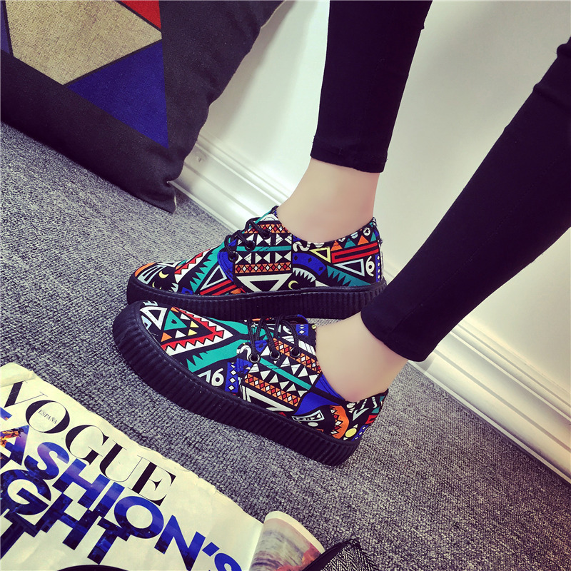 New Arrival 2016 Autumn Women Fashion Casual Shoes Dunk Low Canvas Students Graffiti Tribal Elements Women's Casual Shoes(China (Mainland))
