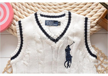 The famous spring and autumn 100 boy sweater European and American fashion V neck sweater vest