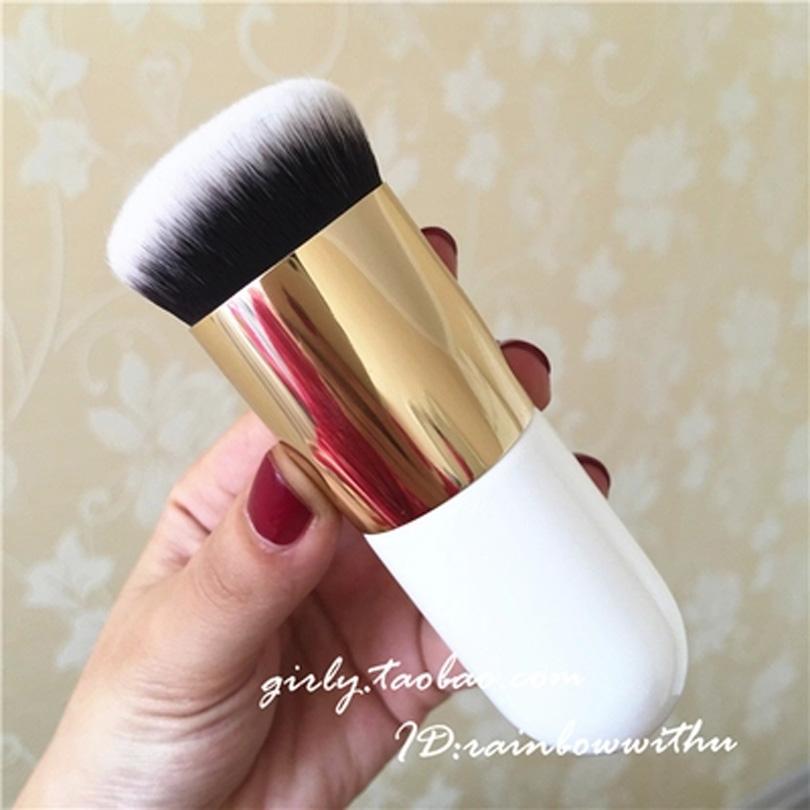 makeup Japan chubby foundation brush BB cream brush 30 seconds base looking artifact Portable Nonstickpowder round flat head(China (Mainland))