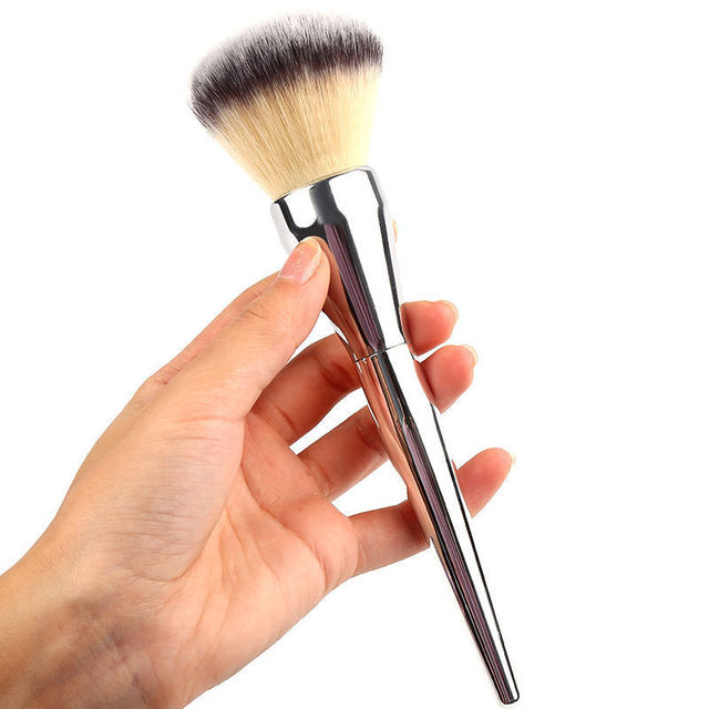 1pcs Hot Sale Face Makeup Blush Powder Silver Color Handle Cosmetic Large Make Up Beauty Brushes