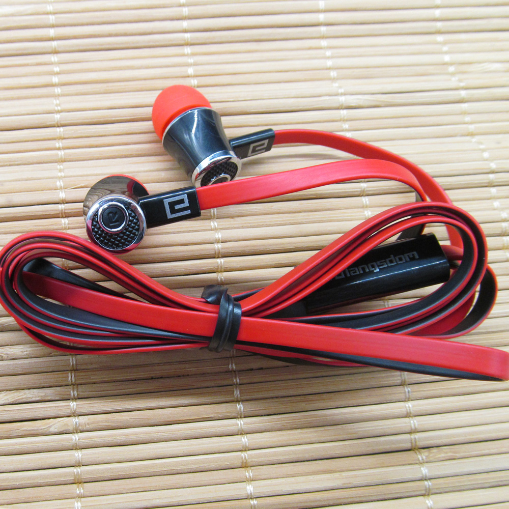 Super Bass in ear Earphone Sport Stereo 3 5mm with Mircophone for iPhone Samsung Computer mp3