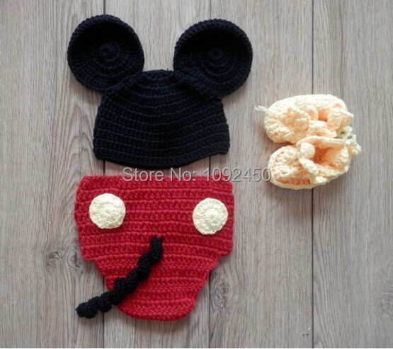 Free Shipping Wool knitting children's cartoon wool suit/studio photography clothing/ baby pictures/mickey(China (Mainland))