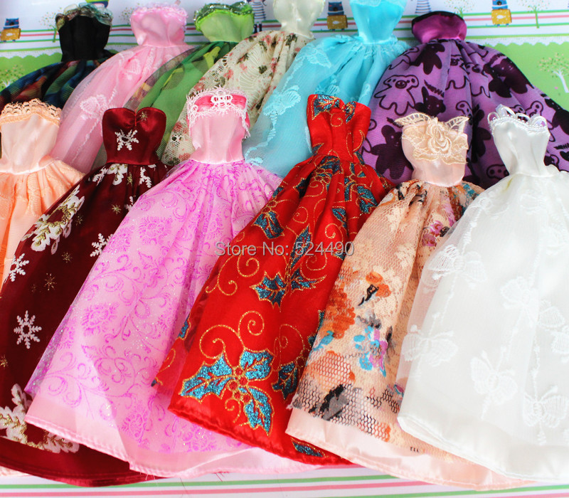 15 gadgets = 5 gown + 5 hangers + 5 pairs sneakers / High-quality night social gathering robe skirt equipment clothes For Kurhn Barbie Doll