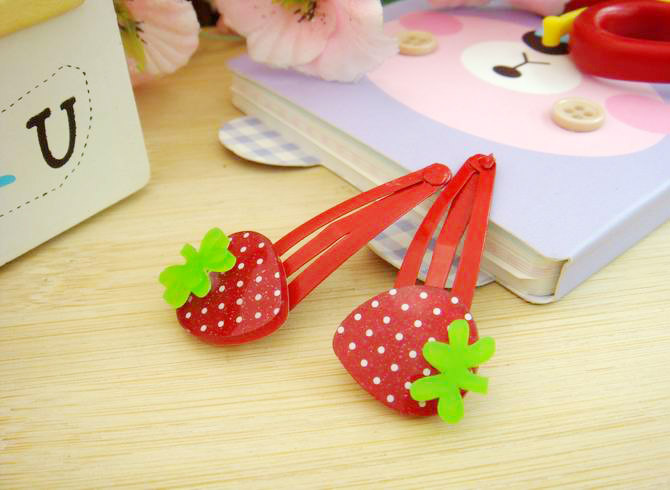 Happy 6 pcs lot Acrylic Red Strawberry Hair Clips Children Hair Accessories Baby Toddler Girls Headdress