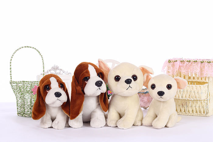 Stuffed toys squatting bassat hound dog chihuahua puppy kids toy plush animal anime peluches for children girls friends 18/22cm(China (Mainland))