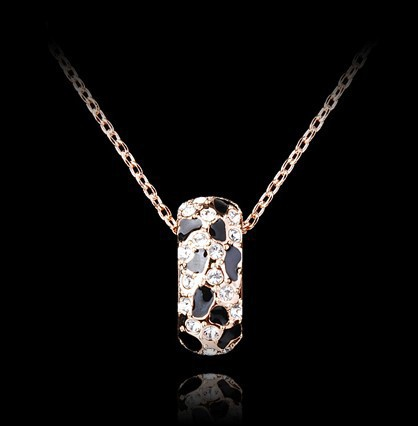 2015 New Stunning Celebrity Vertical Hammered Bar Charm Choker Leopard Pendant Necklace Chain Wedding Event Jewelry