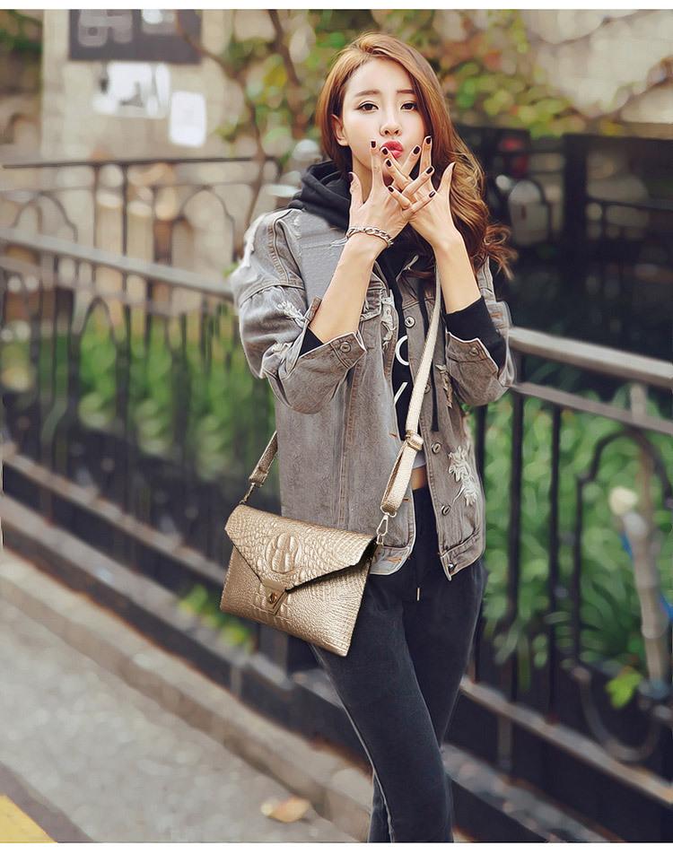 17 women handbag