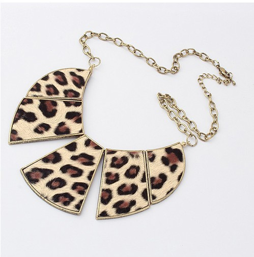 Summer fan fashion metal necklace collar Leopard pattern women choker exaggerate gold necklace for women cxt8456 wholesale(China (Mainland))
