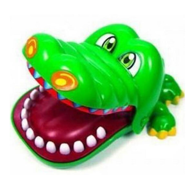 2016 New Crocodile Funny Toy Plastic Mouth Dentist Bite Finger Game For Children Adult Joke Toys Kids Toys(China (Mainland))